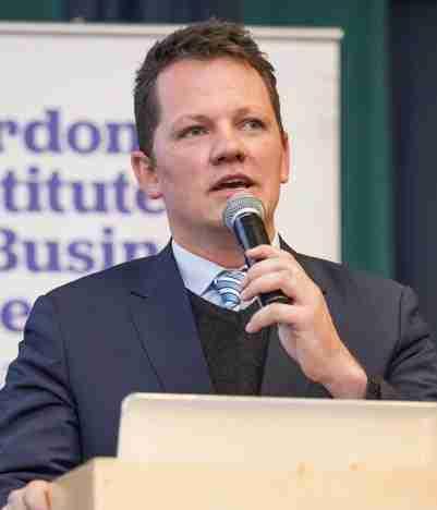 Marius Oosthuizen - Economic Futurist Speaker