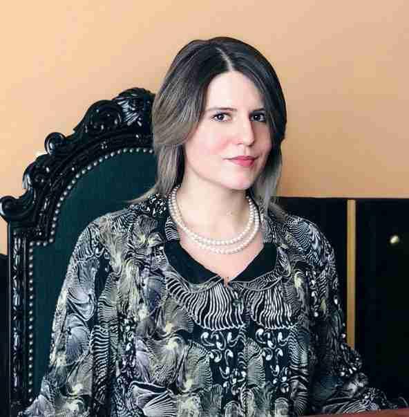 Karina Ochis - Redesigning Sucess