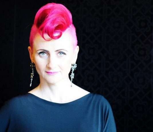 Lucy Bloom – Social Media